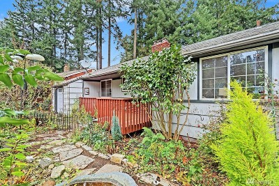 Lake Forest Park Single Family Home For Sale: 2830 NE 187th St