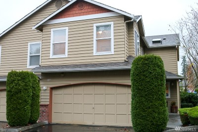 Everett Condo/Townhouse For Sale: 5721 14th Dr W #B