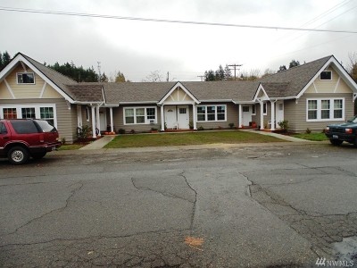 Winlock Multi Family Home For Sale: 210 Walnut St