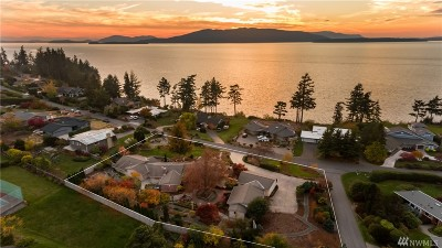 Bellingham Single Family Home For Sale: 601 Bayside Rd