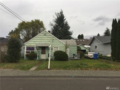Sumner Single Family Home For Sale: 1207 Maybell St