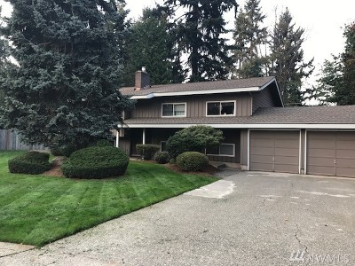 Newcastle Single Family Home For Sale: 12536 SE 70th St