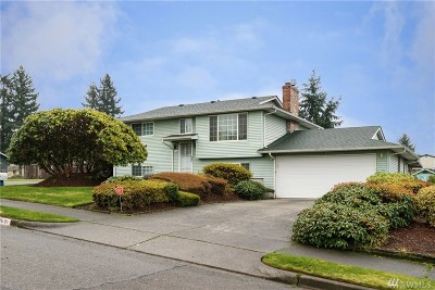 Tacoma Single Family Home For Sale: 1726 E 59th St