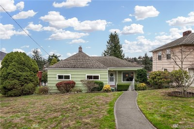 Seattle Single Family Home For Sale: 3632 36th Ave W
