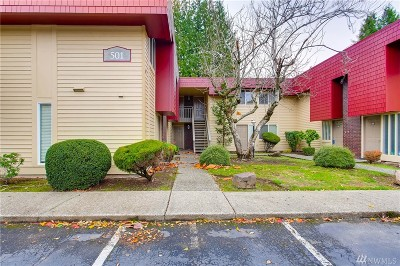 Bellevue WA Condo/Townhouse For Sale: $339,998