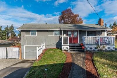 Oak Harbor Single Family Home For Sale: 1546 NE 2nd Ave