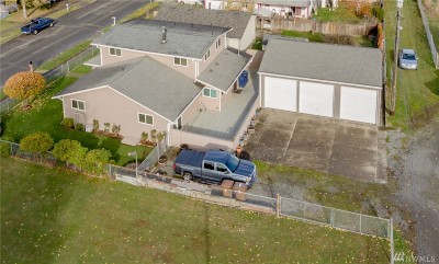Tacoma Single Family Home For Sale: 6033 S Mullen
