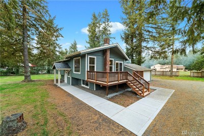 Rainier Single Family Home For Sale: 13239 Moes Rd SE