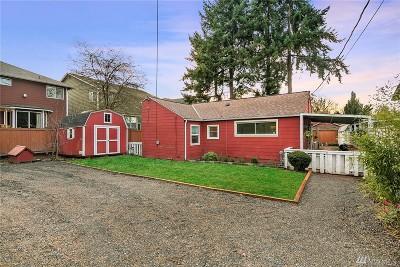 Renton Single Family Home For Sale: 2525 NE 22nd St