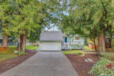 Mount Vernon Single Family Home For Sale: 2218 N Trumpeter Dr
