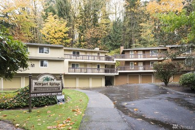 Issaquah Condo/Townhouse For Sale: 515 Newport Wy NW #C4