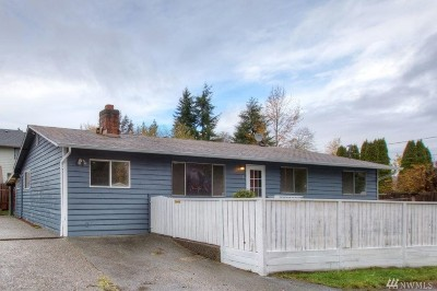 Everett Single Family Home For Sale: 3 E McGill Ave