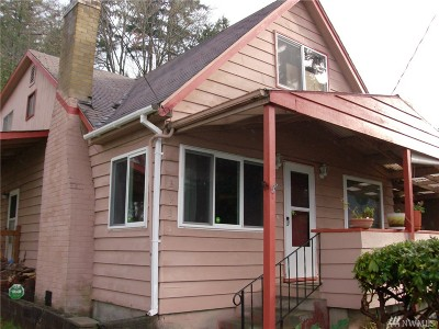 Port Orchard Single Family Home For Sale: 3939 Beach Dr E