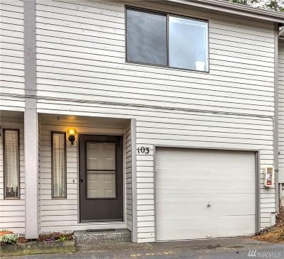 Oak Harbor Condo/Townhouse For Sale: 75 NW Columbia #B103