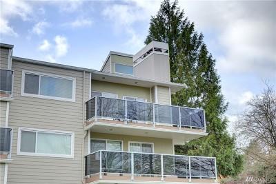 Condo/Townhouse For Sale: 7024 155 Place NE #7024