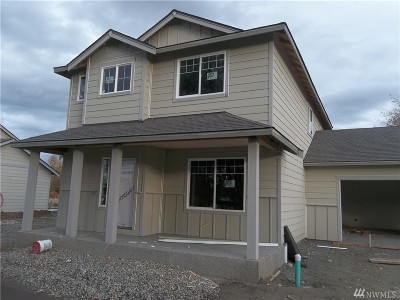 Sedro Woolley Single Family Home For Sale: 508 Debbie Dr