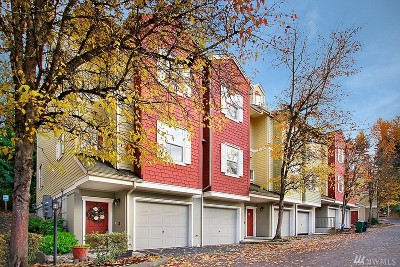 King County Condo/Townhouse For Sale: 1800 NE 40th St #B1