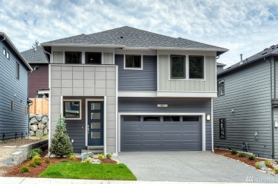 Bothell Condo/Townhouse For Sale: 128 194th Place SW #02