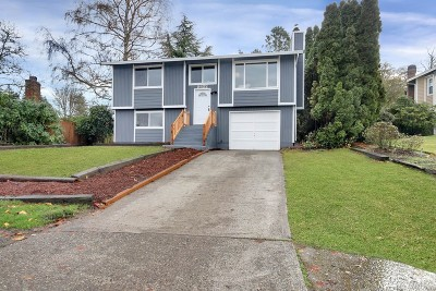 Pierce County Single Family Home For Sale: 8422 S 16th St