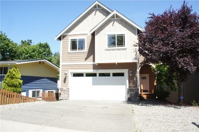 Renton Single Family Home For Sale: 452 Taylor Place NW