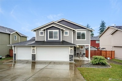Spanaway Single Family Home For Sale: 1106 205th St E