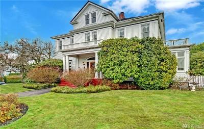 Everett Single Family Home For Sale: 2201 Rucker Ave