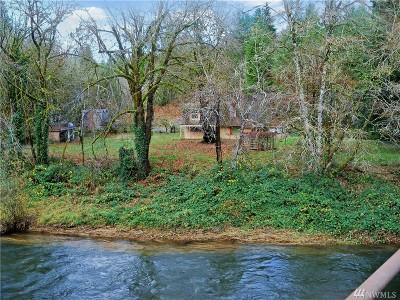 Cowlitz County Single Family Home For Sale: 136 Schoolhouse Rd
