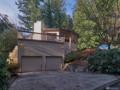 Sammamish Single Family Home For Sale: 1515 207th Place NE