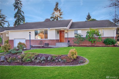 King County Single Family Home For Sale: 2111 N 172nd St