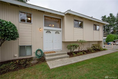 Kirkland Single Family Home For Sale: 319 11th Place