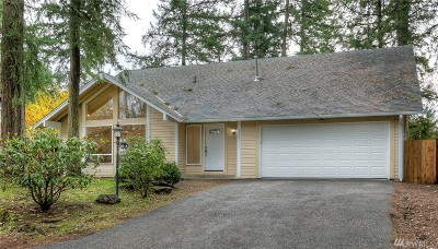 Lakewood Single Family Home For Sale: 7101 Topaz