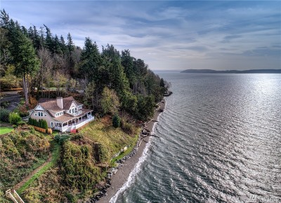 Pierce County Single Family Home For Sale: 74 Island Blvd