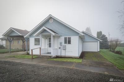 Toledo Single Family Home For Sale: 421 Cedar St