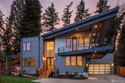 Bellevue Single Family Home For Sale: 2841 Bellevue Wy SE