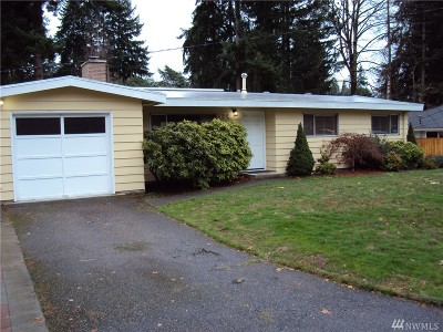 Bellevue Single Family Home For Sale: 404 165th Ave SE