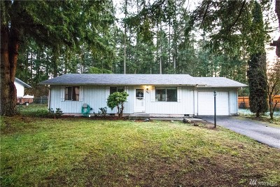 Lacey Single Family Home For Sale: 9433 White Fir Dr NE