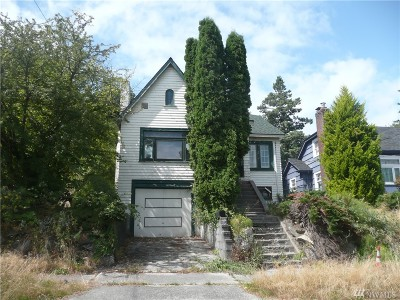 Seattle Single Family Home For Sale: 3229 25th Ave S
