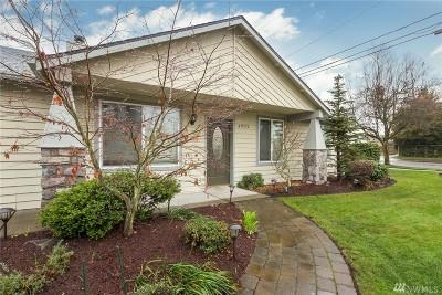 Single Family Home For Sale: 4902 38th St NE