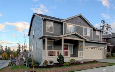 Oak Harbor Single Family Home For Sale: 1704 Downfield Wy