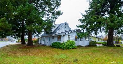 Anacortes Single Family Home For Sale: 620 Fidalgo Ave