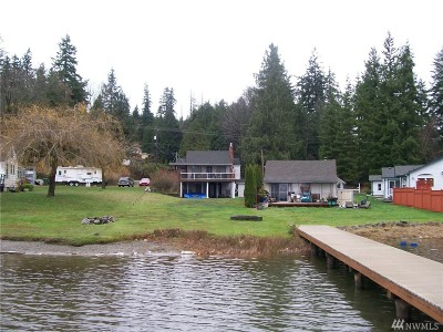 Stanwood Single Family Home Contingent: 16227 W Lake Goodwin Rd