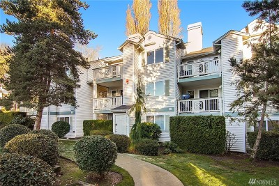 Kirkland Condo/Townhouse For Sale: 9910 NE 137th St #B306