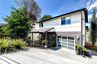 Seattle Single Family Home For Sale: 3613 York Rd S