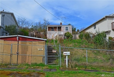 Seattle Single Family Home For Sale: 2007 20th Ave S