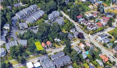 Seattle Multi Family Home For Sale: 1529 Sturgus Ave S