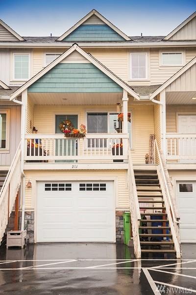 Auburn WA Condo/Townhouse For Sale: $229,950