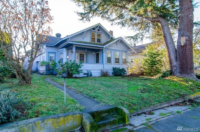 Mount Vernon Single Family Home For Sale: 208 Evergreen St