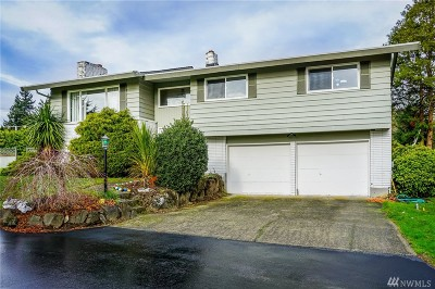 Burien Single Family Home For Sale: 2340 SW 119th St