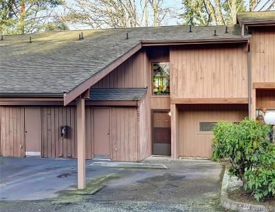 Bellevue Condo/Townhouse For Sale: 4165 145th Ave NE