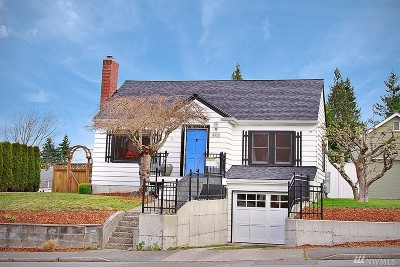 Everett Single Family Home For Sale: 4621 Hoyt Ave
